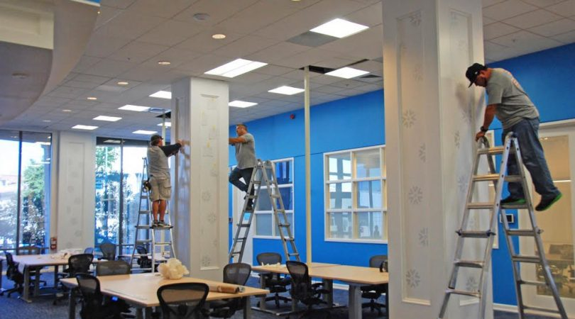 graphic installers at work